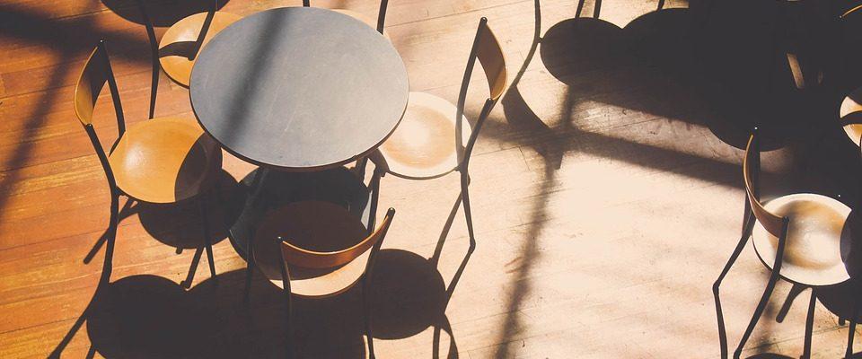 Když nábytek od truhláře, tak z lamina