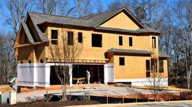 Máte postavenou dřevostavbu? Pozor na její přehřátí