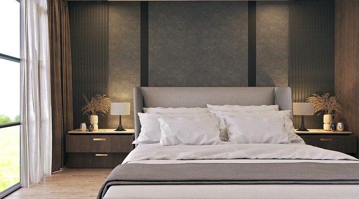 Ložnice by měla mít hlavní i vedlejší osvětlení, shodují se bytoví architekti